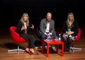 Componentes de la mesa: Montserrat Guardia Güell (Alastria), Stefan Junestrand (Tecma Red) y  Shawnna M. Hoffman (Diversity in Blockchain)