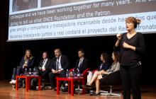 En el escenario: Maribel Campo (Experta), Christopher Lee (IAAP), José Luis Borau (Fundación ONCE), Jesús González Boticario (UNED), Ruth Shefa (Access Israel) y Tali Ravid (Access Israel)