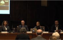 Componentes de la mesa: Helena Pereira (Turismo de Portugal), Ivor Ambrose (ENAT), Katrien Mampaey (VisitFlanders) y José L. (Fundación ONCE)